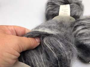 Bella by permin chunky mohair - smuk changerende i grå toner