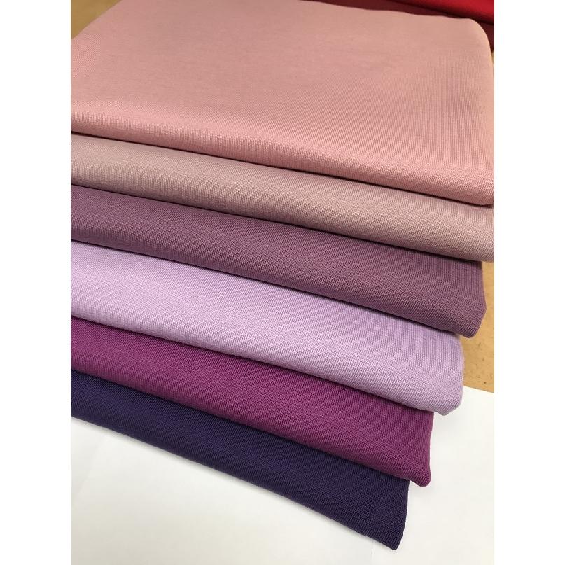 Bomuldsjersey ensfarvet lys lavendel/gl. rosa fv. 50